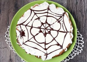 Spider web brownie pie