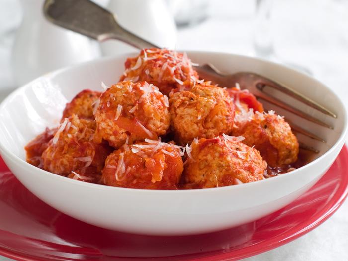 Mini beef and mozzarella meatballs