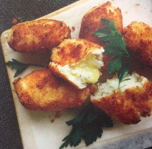 Mozzarella-stuffed croquettes