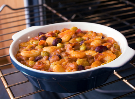 Barbecue bean casserole