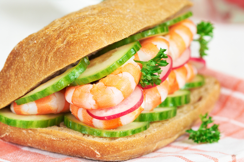 Open prawn sandwich with Hellmann's Light Mayonnaise