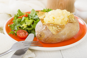 Jacket potato with sour cream