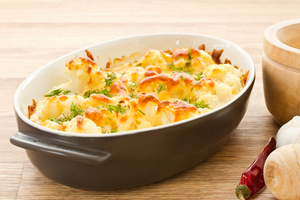 Creamy cauliflower bake