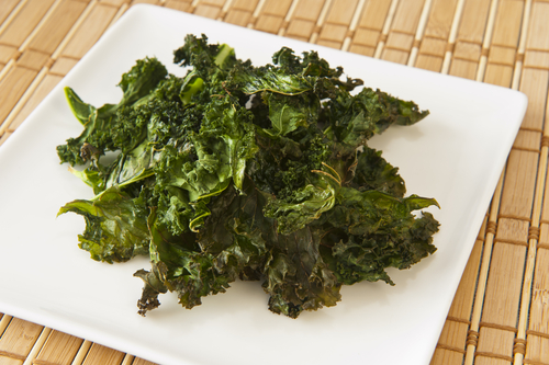Simple kale crisps
