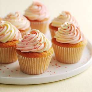 Vanilla cupcakes with swirly icing