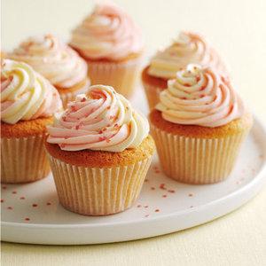 Vanilla cupcakes with swirly icing