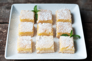 Iced lemon squares