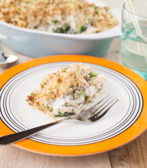 Lemon chicken and broccoli pasta bake