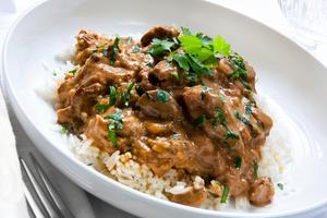 Beef stroganoff with rice