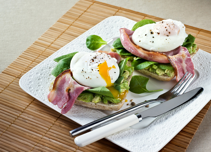 David Gillick's Brekkie: Poached eggs, bacon & avocado