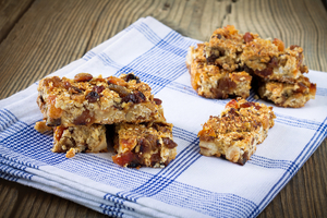 Two Ingredient energy bars