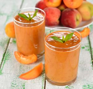 Peach melba smoothie, dessert in a glass