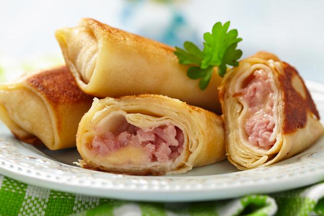 Ham and egg cones