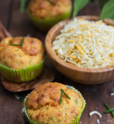 Pesto and parmesan muffins