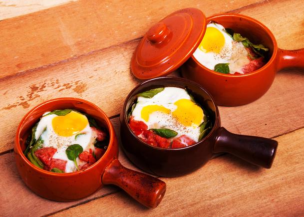 Baked eggs brunch