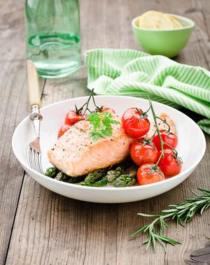 Salmon with roasted asparagus