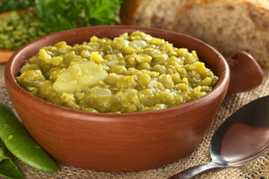 Slow cooked split pea soup