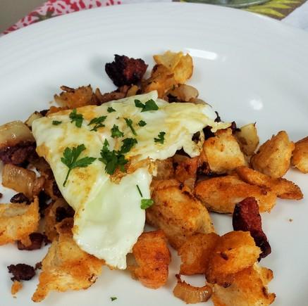 'Migas', Spanish fried breakfast