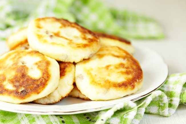 Cheesy pancakes with sweetcorn