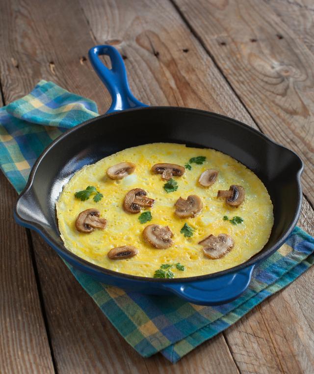 Savoury mushroom omelette