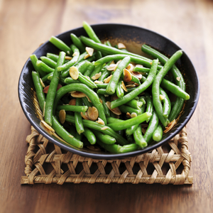 Buttery green beans with shallots and toasted almonds