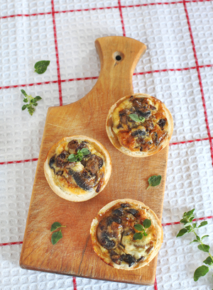 Mini root vegetable pies