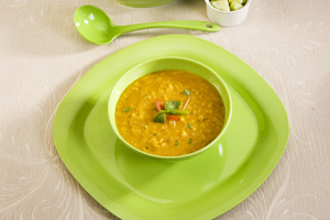 Dahl with ginger and mint