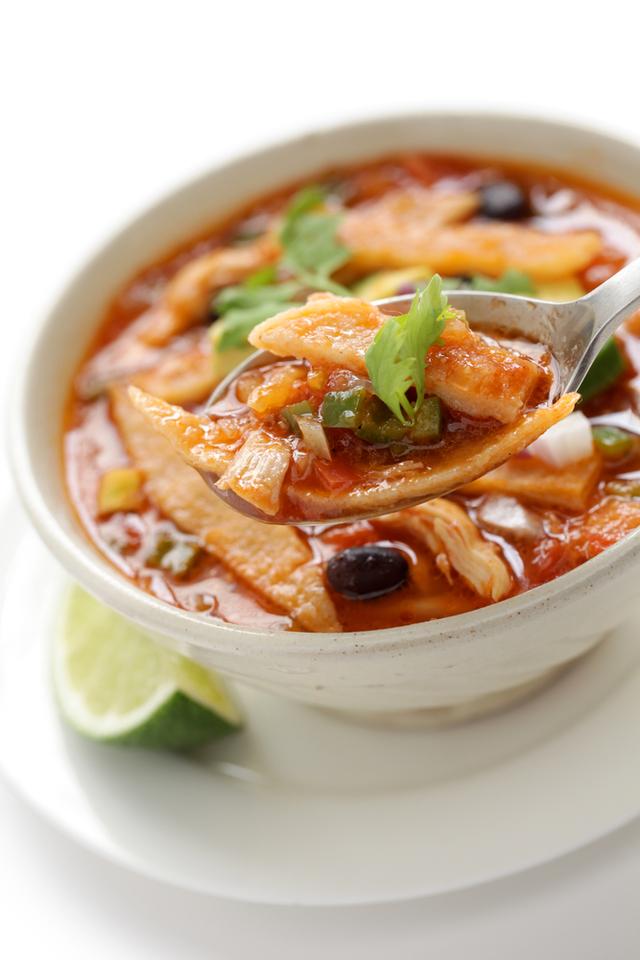 Skinny chicken tortilla soup