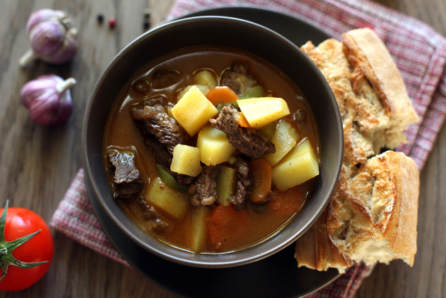 Rosemary and garlic beef stew