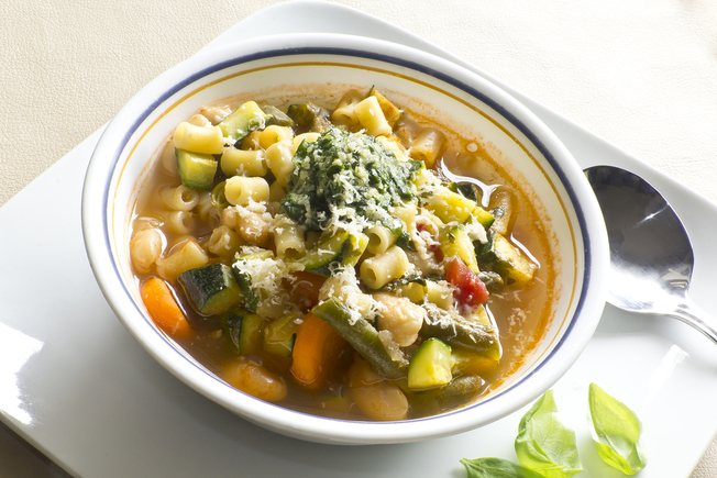 Courgette, fennel and cannellini bean pasta soup