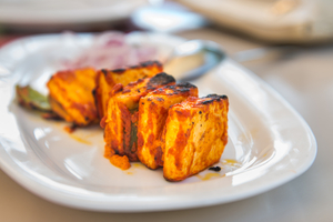Tandoori fish with carrot and coriander salad
