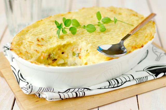 Potato and tuna pie