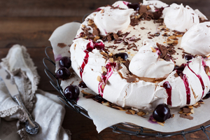 Cherry Pavlova with chocolate