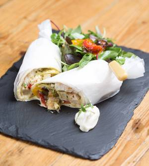 Chicken & roast pepper wrap