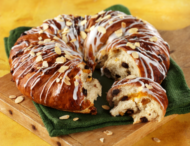 Easter sharing bread