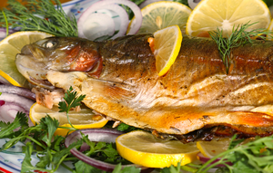 Baked trout with fennel and spring salad
