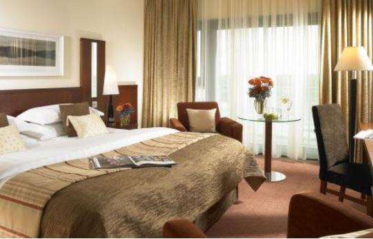 Shearwater Hotel & Spa