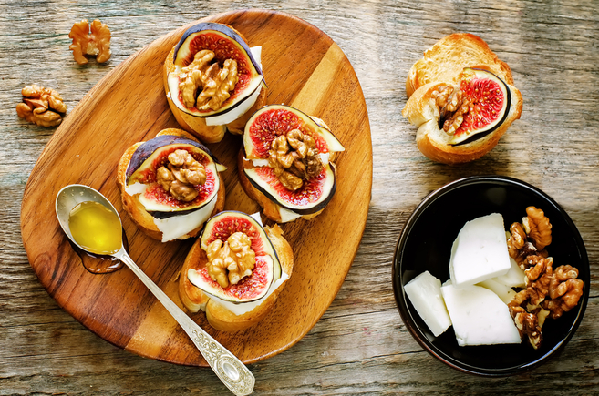 Goats cheese and fig open sandwiches