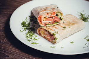 Salmon and asparagus wraps
