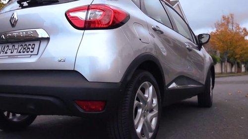 Laura reviews the Renault Captur