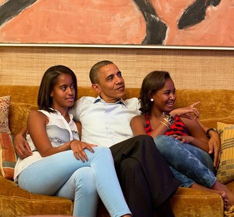 Barack Obama with daughters Malia and Sasha