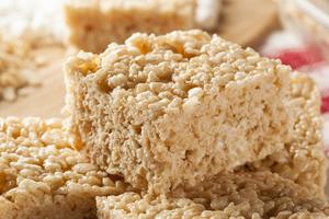 Peanut butter puffed rice bars