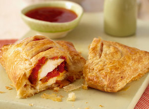 Sweet Chilli Chicken Puffs