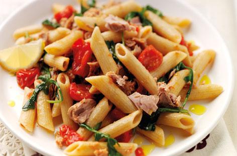Wholewheat pasta with tuna recipe