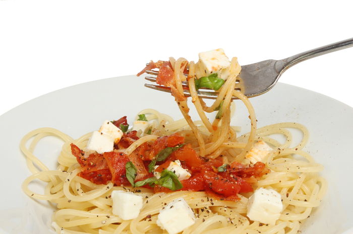 Spaghetti with charred tomato sauce