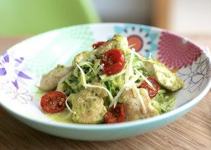 Chicken and pesto zoodles