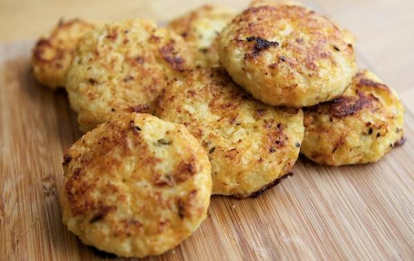 Cauliflower and Cheese Bites
