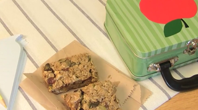 Muesli snack bars