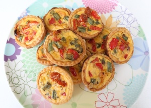 Mini vegetable quiches