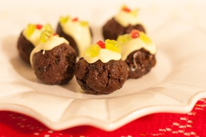 Mini Christmas pudding bonbons